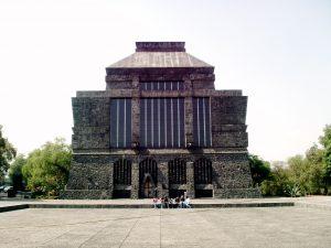 Museo Anahuacalli en México que Diego Rivera construyó para Frida Kahlo